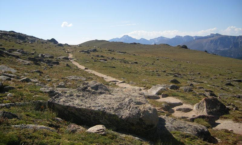 Milner Pass Trail in Colorado